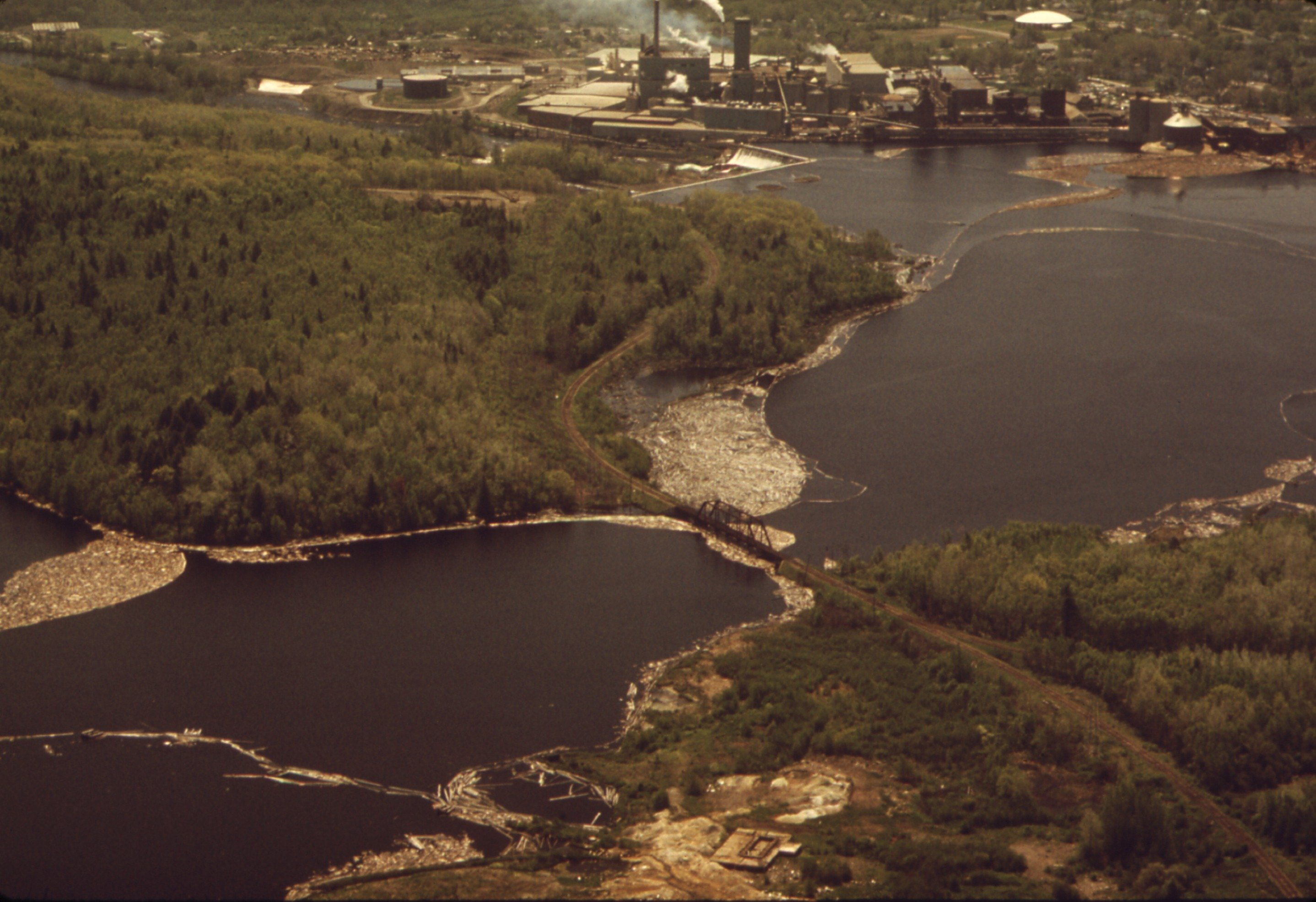 Image of Georgia Pacific Paper Plant on the St. Croix River
